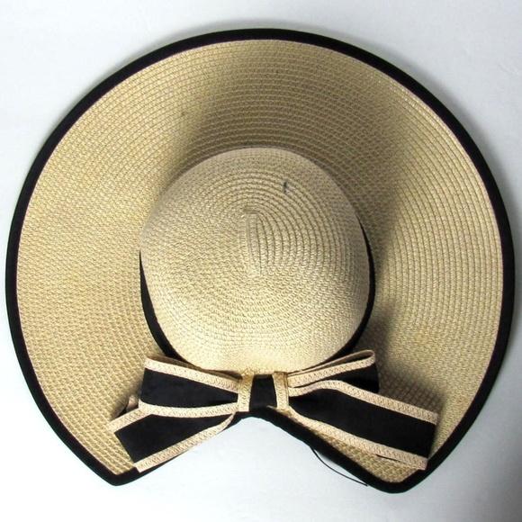 6adfa950a Bow Tie Floppy Straw Beach Hat One Size NWT